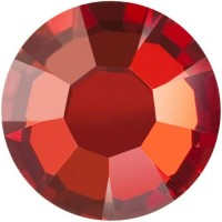 Maxima Rose ss8 Crystal Red Flame F