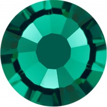 Rose strass termoadesivo ss16 Emerald HF